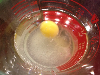 egg, vinegar and sugar mixture